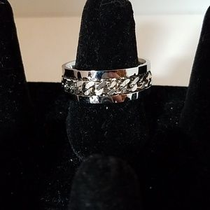 Silver Tone Chain Accented Band Ring